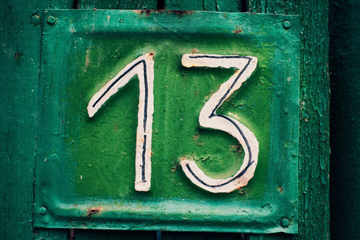 13, Dreizehn, http://www.shutterstock.com/de/pic-38275087/stock-photo-cyan-grungy-tin-house-plate-number-with-green-peeling-wooden-fence-and-selective-focus.html