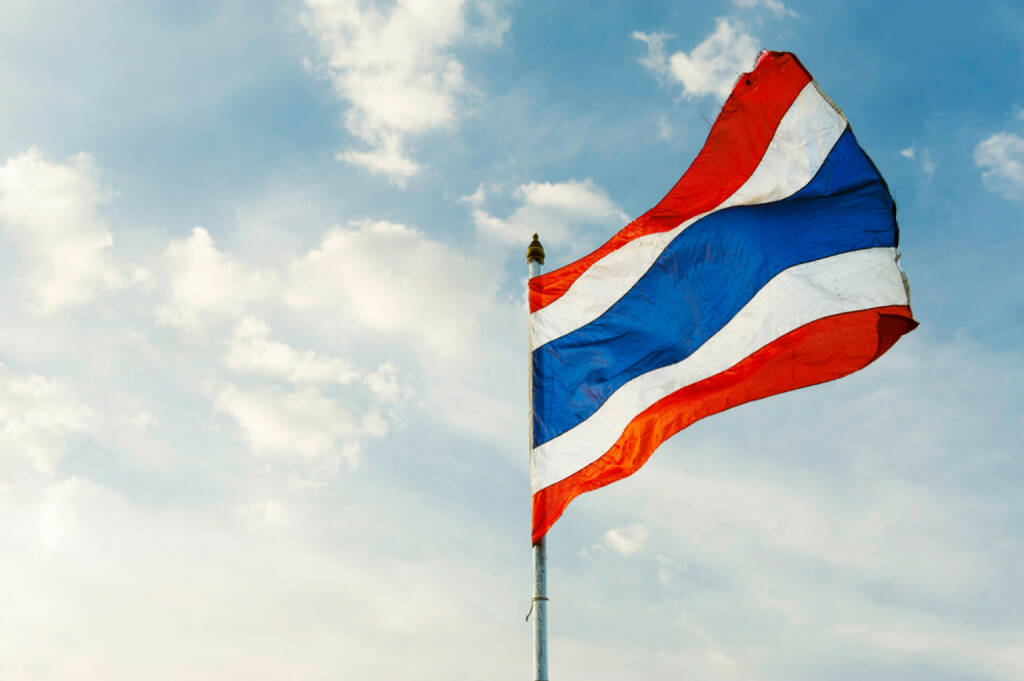 Thailand, Fahne, http://www.shutterstock.com/de/pic-191854448/stock-photo-image-of-waving-thai-flag-of-thailand-with-blue-sky-background.html , © (www.shutterstock.com) (02.07.2014)