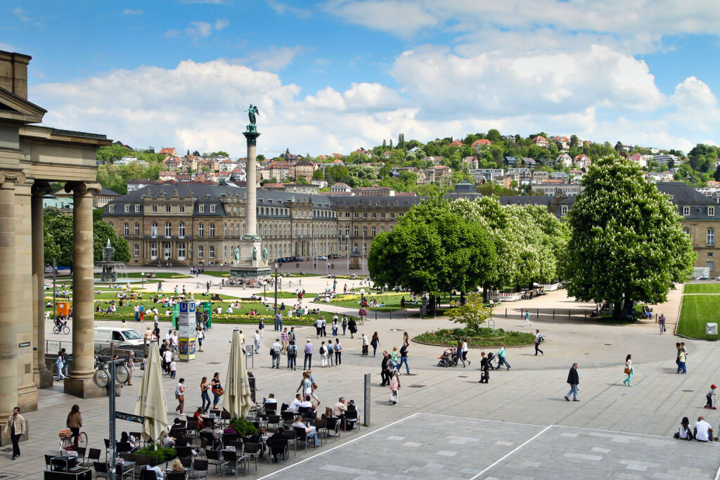 Stuttgart, Schlossplatz, http://www.shutterstock.com/de/pic-138854639/stock-photo-stuttgart-germany-castle-square-in-the-city-center-in-spring-may.html (Bild: www.shutterstock.com) (03.07.2014)