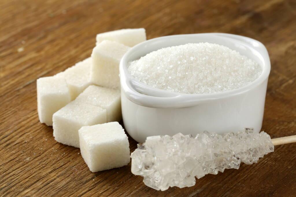 Zucker, Würfel, Dose, Kandis http://www.shutterstock.com/de/pic-128014142/stock-photo-several-types-of-white-sugar-refined-sugar-and-granulated-sugar.html (Bild: shutterstock.com) (04.07.2014)