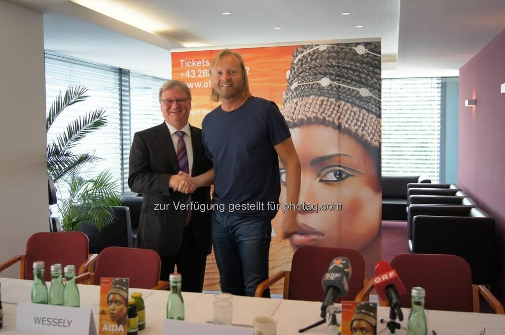 Karl Wessely (Esterházy) mit Wolfgang Werner (OFS): AIDA im Steinbruch gesichert, Premiere am 9. Juli findet statt: Mehrere drohende Nachfolgekonkurse wurden heute abgewendet Esterhazy und Partner präsentieren Auffanglösung - Land Burgenland entzieht sich seiner Verantwortung (05.07.2014)