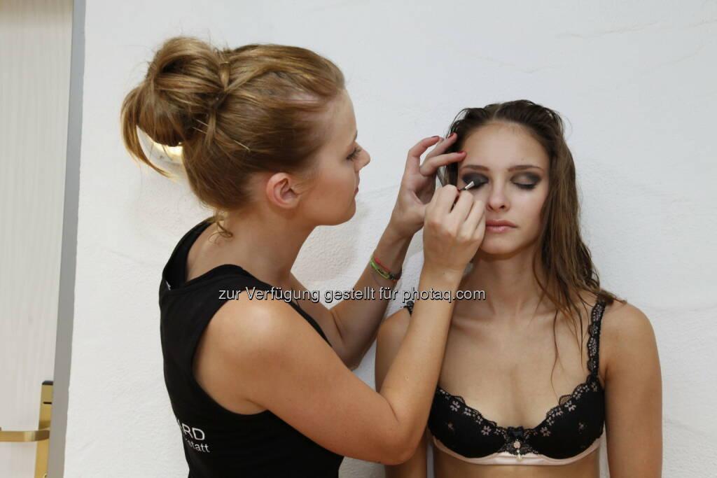 Julia Furdea, schminken, Makeup (Bild: Alexander Herman) (08.07.2014)