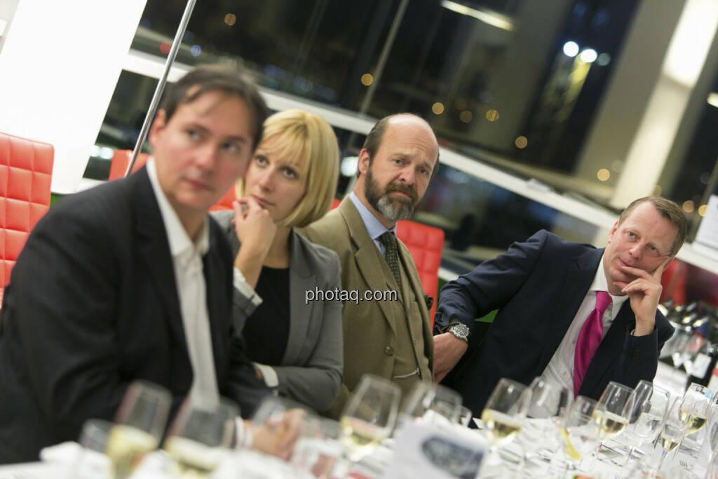 Elisabeth Wagerer (S Immo, 2. von links), Friedrich Wachernig (S Immo, rechts), © Martina Draper (15.12.2012)