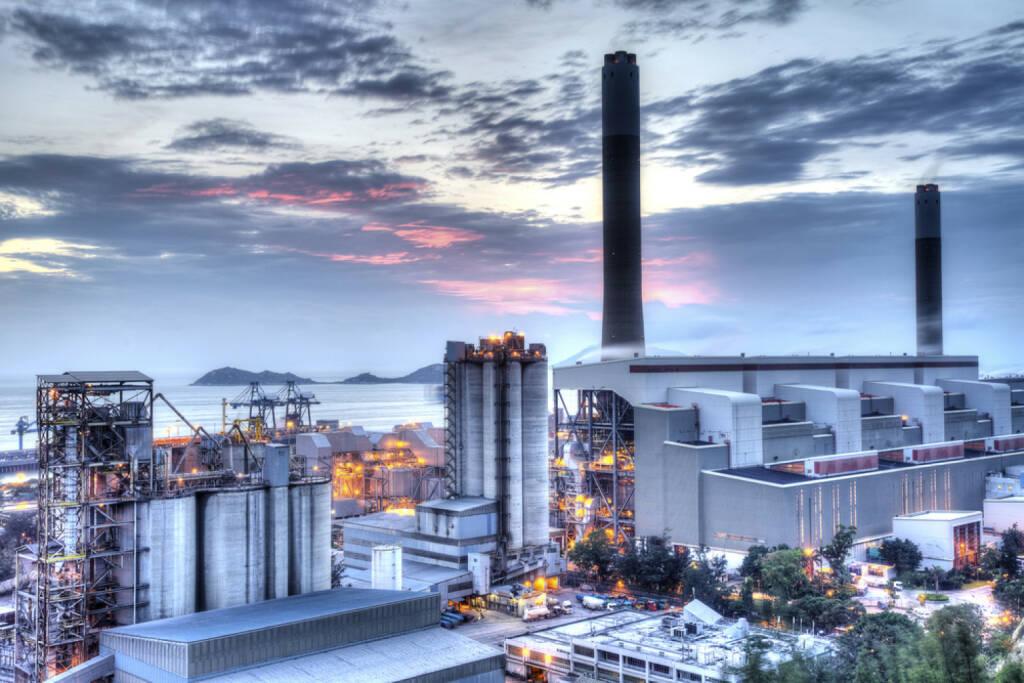 Industrie, Industrieanlage, Aussenansicht, Fabrik, http://www.shutterstock.com/de/pic-140840767/stock-photo-power-station.html , © www.shutterstock.com (08.07.2014)