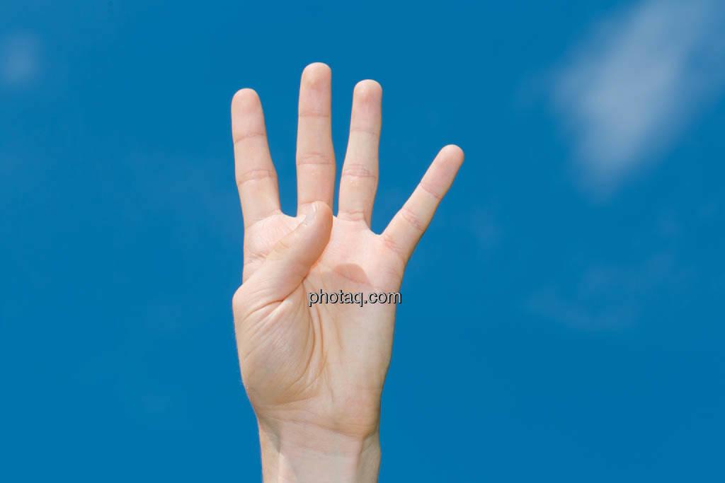 Hand, 4, vier, © photaq/Martina Draper (08.07.2014)