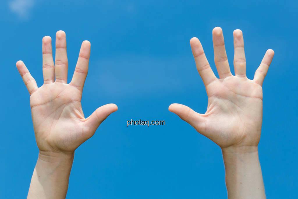 Hände, 10, zehn, © photaq/Martina Draper (08.07.2014)