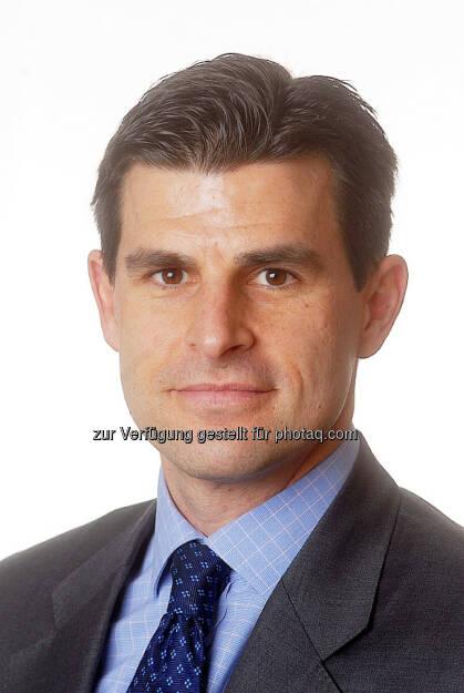 Nicholas Brooks, Leiter Research und Investmentstrategie bei ETF Securities: Rohstoff-ETPs haben im zweiten Quartal, wie im Vorquartal, weltweit Mittelzuflüsse verzeichnet. Die wachsende Zuversicht in die wirtschaftliche Entwicklung Chinas und die weltweit anziehende Konjunktur haben die Kurse und die Nachfrage der Investoren nach Rohstoffen steigen lassen., © Aussendung (09.07.2014)
