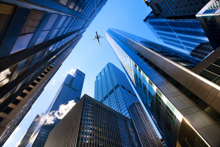 Chicago, Wolkenkratzer, Hochhaus, Finanz District, Flugzeug, Stadt, USA, Illinois, http://www.shutterstock.com/de/pic-130103729/stock-photo-looking-up-at-chicago-s-skyscrapers-in-financial-district-il-usa.html