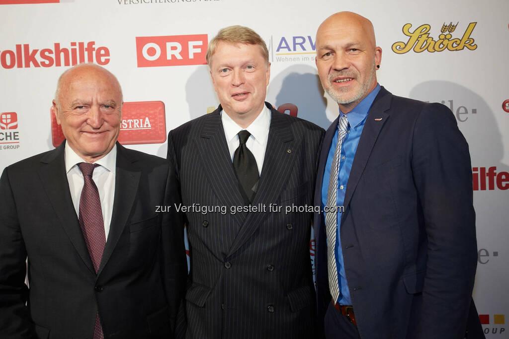 Volkshilfe Bundesgeschäftsführer Erich Fenninger, Dietmar Hoscher, Volkshilfe Präsident Josef Weidenholzer, © Volkshilfe Österreich/APA-Fotoservice/Preiss (11.07.2014)