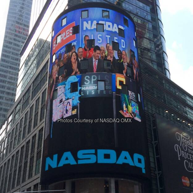 Thanks for coming to NASDAQ today Staples!  Source: http://facebook.com/NASDAQ (16.07.2014)