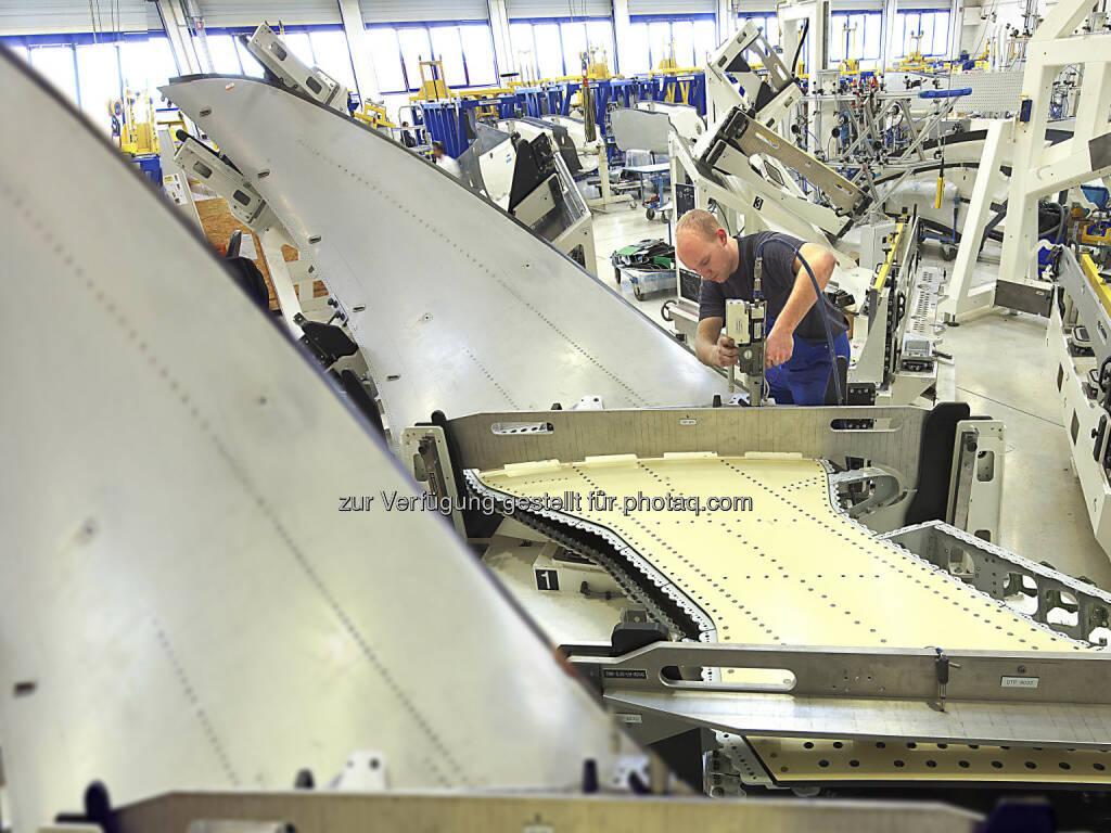 Winglet-Fertigung bei FACC: MItte 2015 werden die esten Airbus A320 Sharklets das Werk verlassen. (Bild: FACC) (16.07.2014)