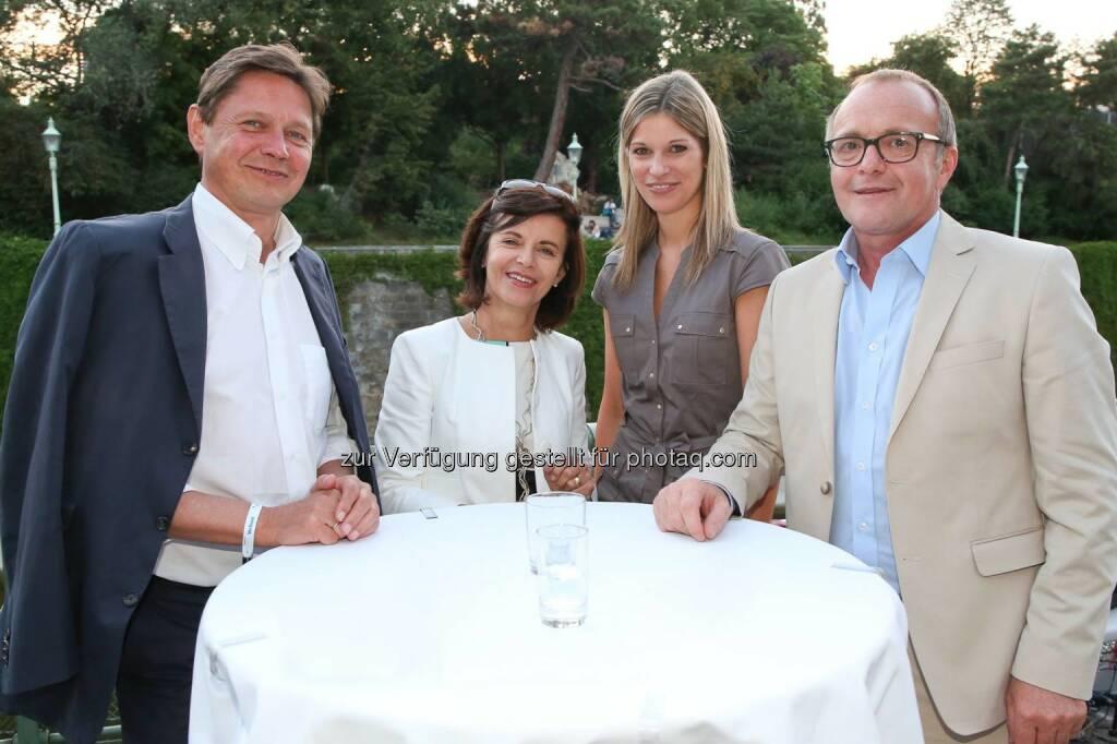 Wolfgang Anzengruber und Mitarbeiterin (Verbund), Alexandra Seyer (Alba Communications), Reinhold Gmeinbauer (Medecco Holding), © Medecco Holding (17.07.2014)