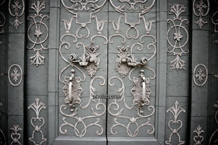 Türe, Schloss, Schnörkel