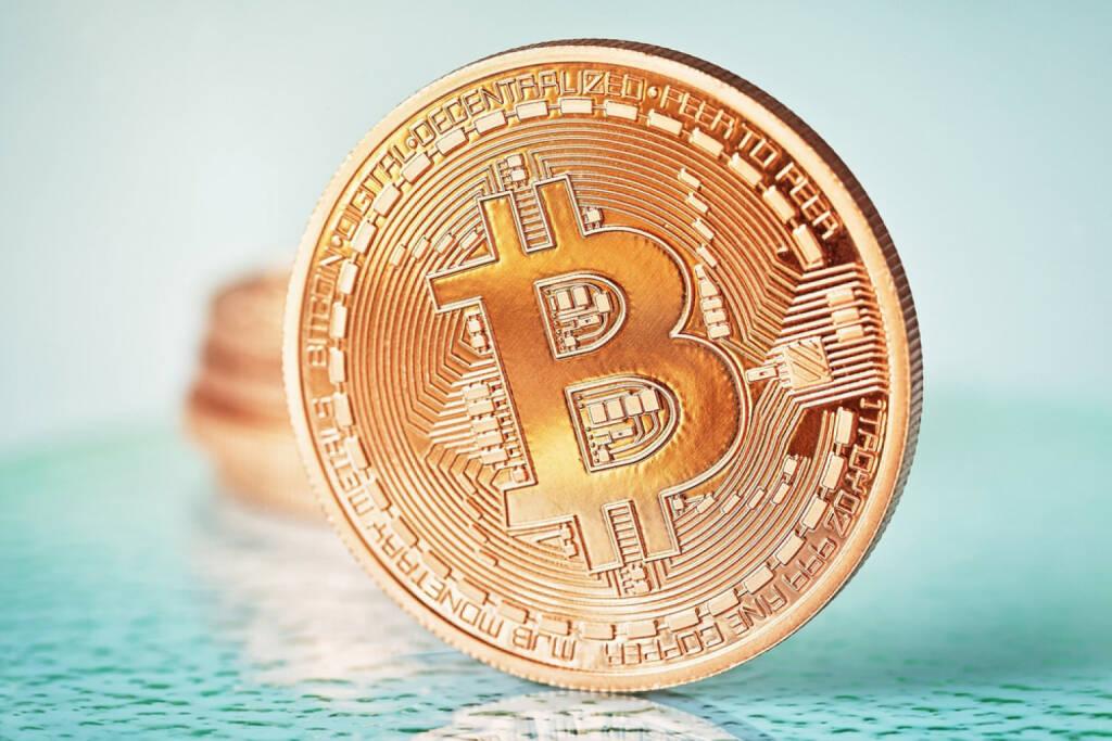 Bitcoin, http://www.shutterstock.com/de/pic-178522379/stock-photo-photo-golden-bitcoins-new-virtual-money.html  (21.07.2014)