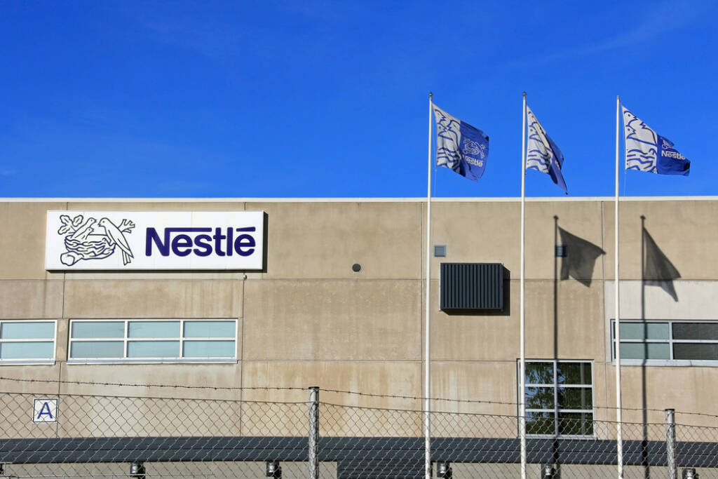 Nestle, <a href=http://www.shutterstock.com/gallery-576805p1.html?cr=00&pl=edit-00>Taina Sohlman</a> / <a href=http://www.shutterstock.com/?cr=00&pl=edit-00>Shutterstock.com</a> , Taina Sohlman / Shutterstock.com, © www.shutterstock.com (24.07.2014)