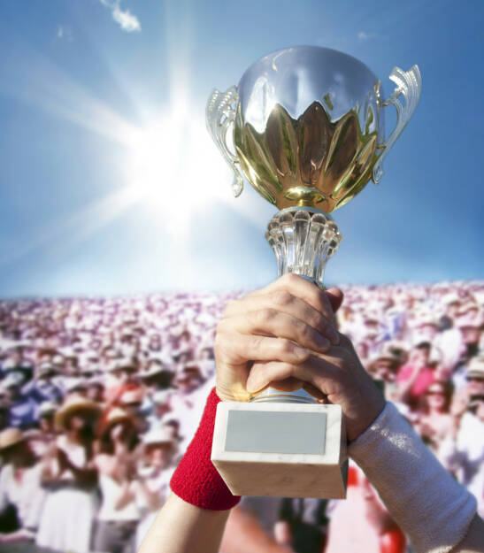 Pokal, Sieger, yes, Jubel, Gewinner, gewinnen, Erster, http://www.shutterstock.com/de/pic-159396485/stock-photo-cup-for-the-first-place-in-hands-of-the-champion.html  (26.07.2014)