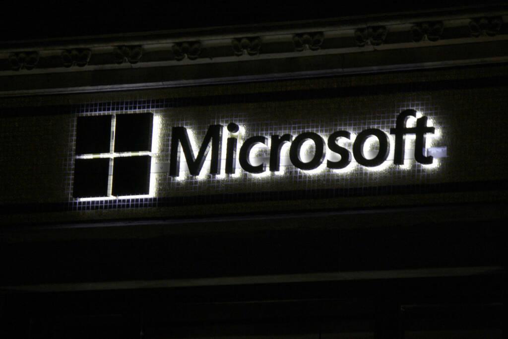 Microsoft, Logo <a href=http://www.shutterstock.com/gallery-320989p1.html?cr=00&pl=edit-00>360b</a> / <a href=http://www.shutterstock.com/?cr=00&pl=edit-00>Shutterstock.com</a> (28.07.2014)