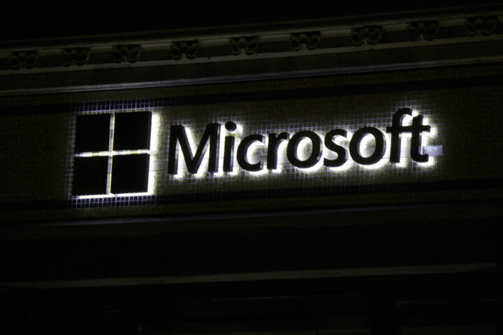 Microsoft, Logo <a href=http://www.shutterstock.com/gallery-320989p1.html?cr=00&pl=edit-00>360b</a> / <a href=http://www.shutterstock.com/?cr=00&pl=edit-00>Shutterstock.com</a>