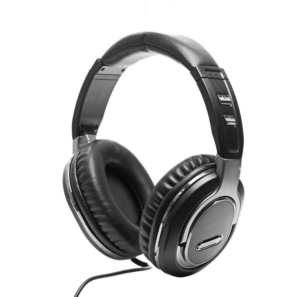 Kopfhörer, http://www.shutterstock.com/de/pic-145090123/stock-photo-headphones-isolated-on-white-background.html (30.07.2014)