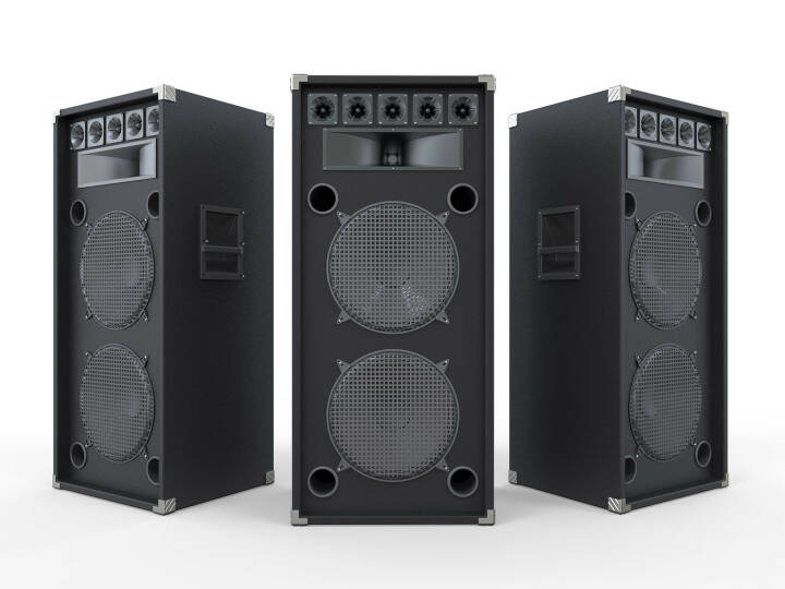 http://www.shutterstock.com/de/pic-138673286/stock-photo-large-audio-speakers-isolated-on-white-background.html