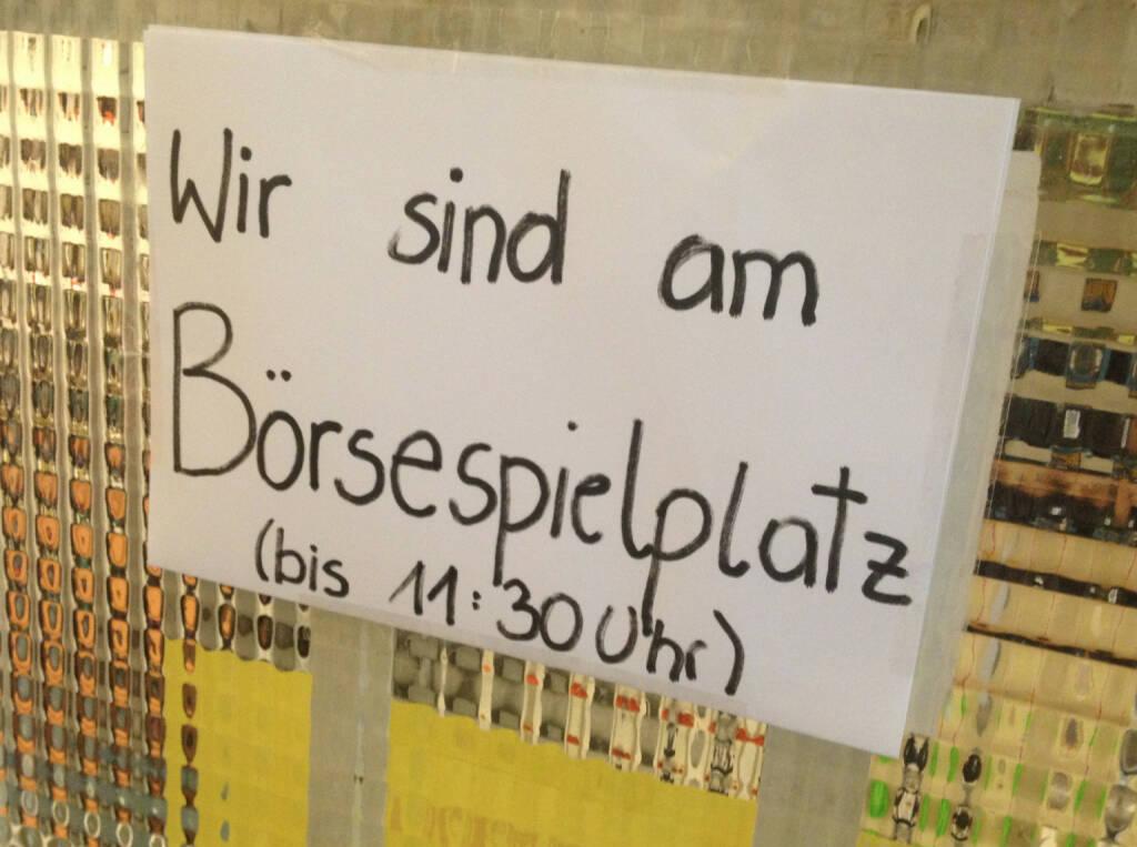 Börse, Börsespielplatz, © diverse Handypics mit freundlicher Genehmigung von photaq.com-Freunden (30.07.2014)