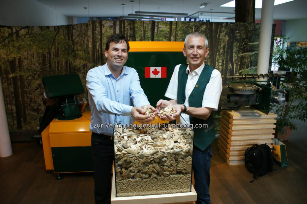 Laurent Gierula (ESIM Kanada) und Erwin Stubenschrott (GF KWB): Heizungsspezialist KWB schafft den Markteintritt in Kanada und liefert heuer noch die ersten Hackgut-und Pelletheizungen nach Übersee. (31.07.2014)