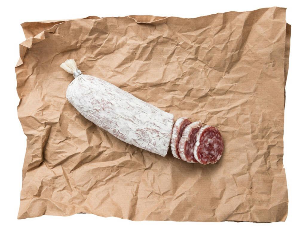 Salami, Wurst, http://www.shutterstock.com/de/pic-122377204/stock-photo-dried-salami-sausage-background.html , © www.shutterstock.com (31.07.2014)