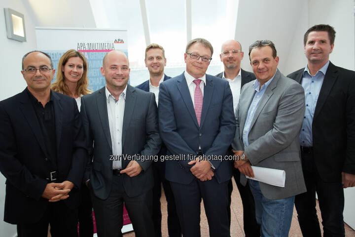 APA-MultiMedia: Crowdsourcing: Scheitern ohne sorgfältige Planung vorprogrammiert: Schahram Dustdar (TU Wien), Cornelia Schöberl-Floimayr (Erste Bank), Daniel Scherling (Navax), Paul Lehner (A1), Alf Netek (Kapsch), Karl-Heinz Leitner (AIT), Thomas Stern (Moderator, Braintrust) und Gert Breitfuß (Evolaris)