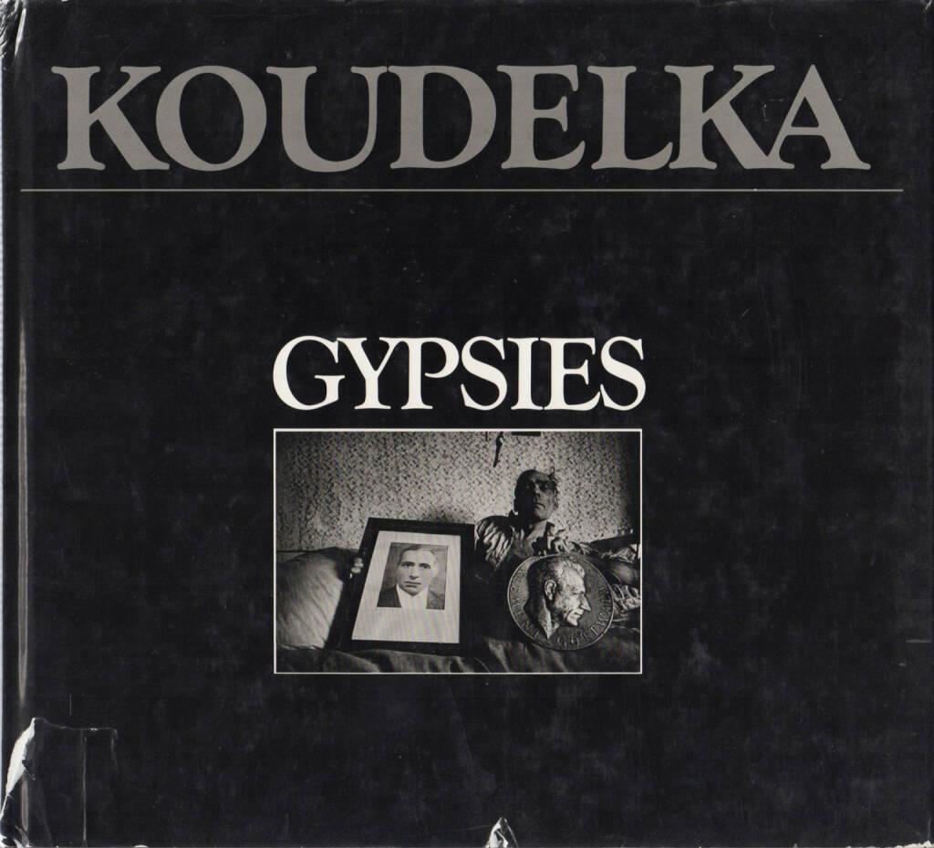 Josef Koudelka - Gypsies, Aperture, 1975, Cover - http://josefchladek.com/book/josef_koudelka_-_gypsies, © (c) josefchladek.com (02.08.2014)