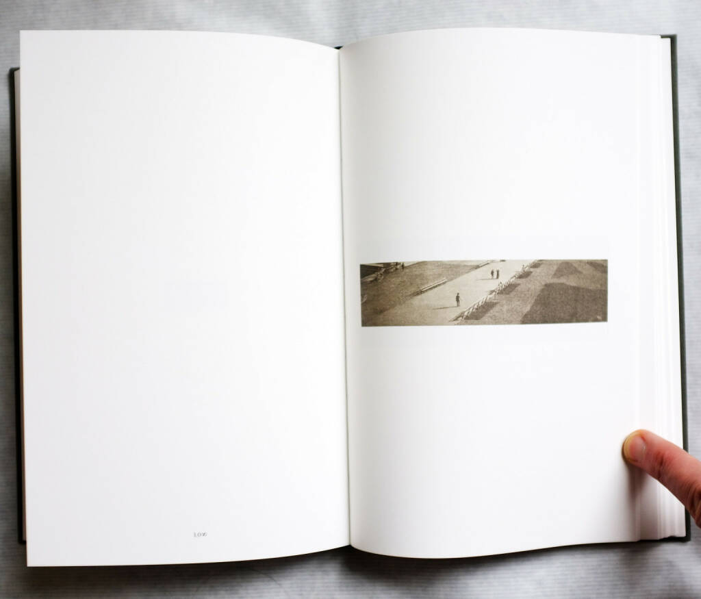 John Stezaker - The 3rd Person Archive, 80-120 Euro, http://josefchladek.com/book/john_stezaker_-_the_3rd_person_archive (03.08.2014)