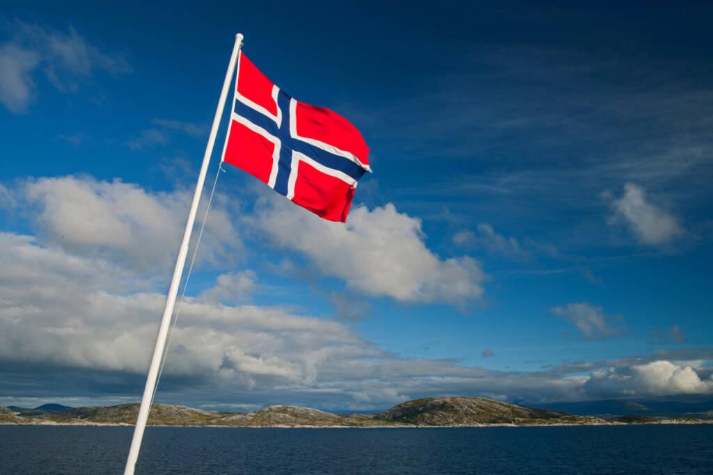 Norwegen, Fahne, http://www.shutterstock.com/de/pic-160054979/stock-photo-norwegian-flag.html, © shutterstock.com (04.08.2014)