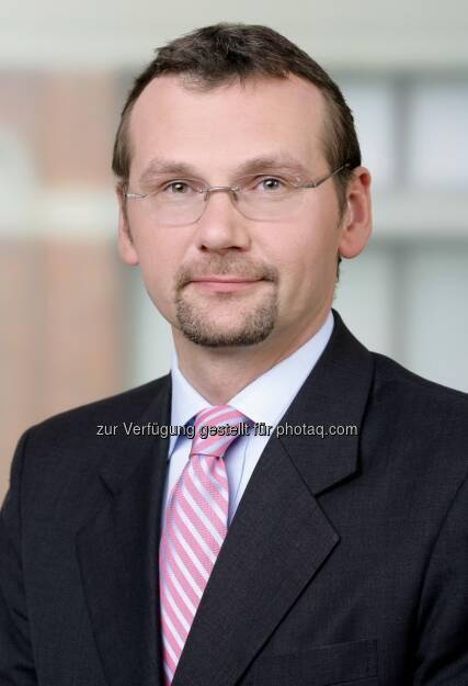 Christian Temmel, DLA Piper, berät XING beim Erwerb des Online-Portals kununu (15.01.2013)