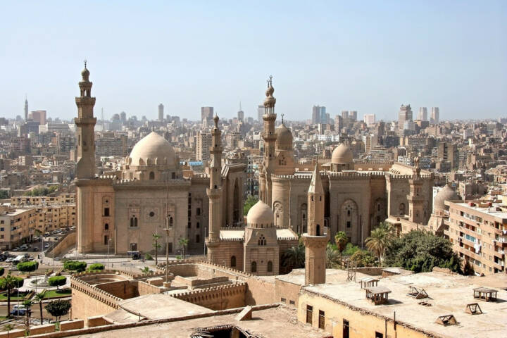 Kairo, Ägypten, http://www.shutterstock.com/de/pic-90247558/stock-photo-view-of-cairo-from-the-citadel.html?