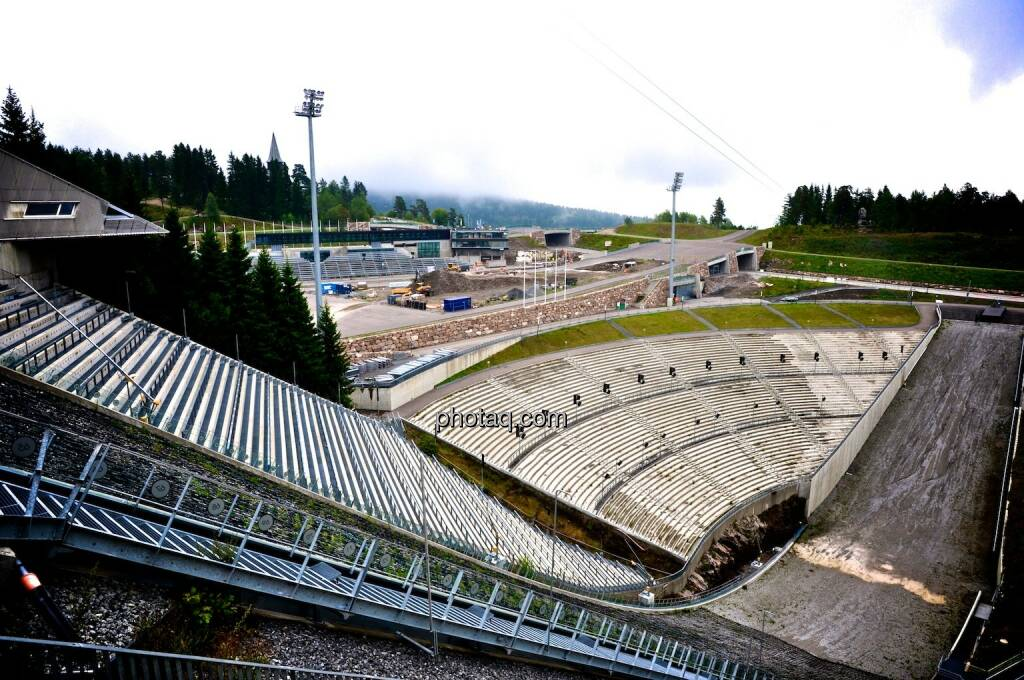 Holmenkollen, Oslo, Auslauf, Tribüne, © photaq.com (07.08.2014)