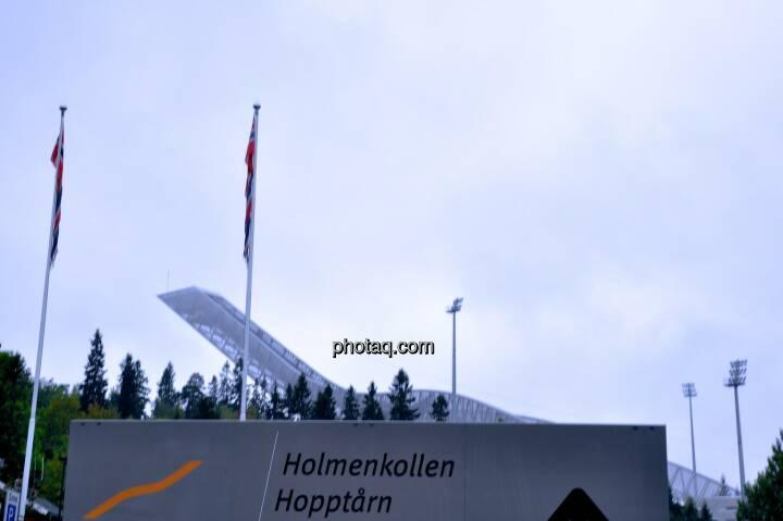 Holmenkollen, Sprungturm