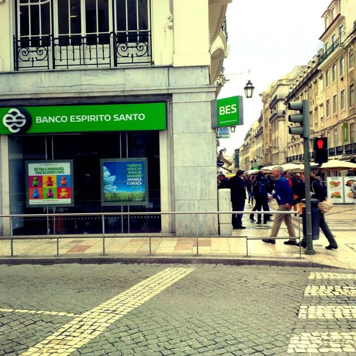 BES Banco Espirito Santo Lisbon by Romazur - Own work. Licensed under Creative Commons Attribution-Share Alike 3.0 via Wikimedia Commons - http://commons.wikimedia.org/wiki/File:Banco_Espirito_Santo_Lisbon.jpg#mediaviewer/File:Banco_Espirito_Santo_Lisbon.jpg