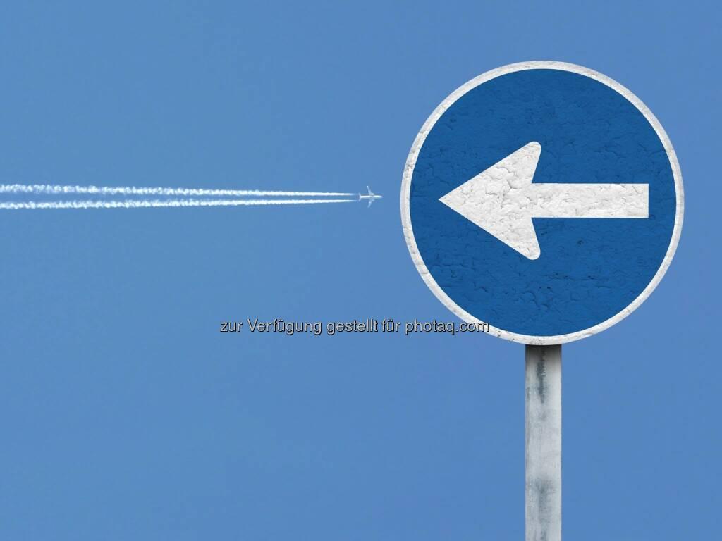 Crash Krach Flugzeug Problem, © Dirk Herrmann (09.08.2014)