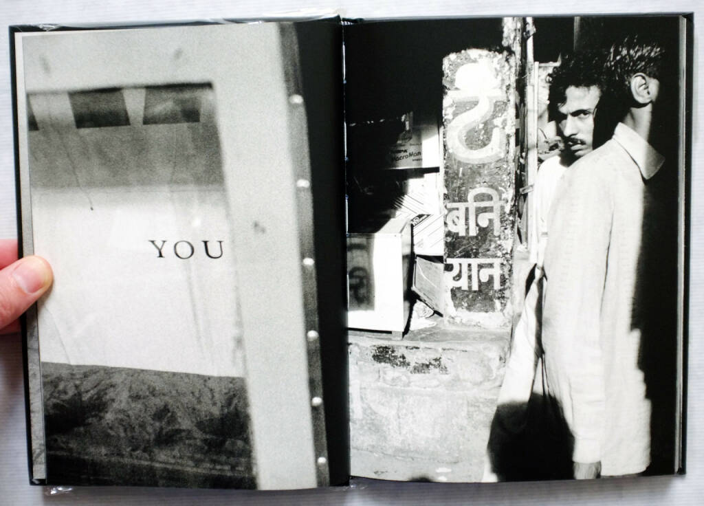 Sample spread of David Jiménez - Infinito, 250-350 Euro, http://josefchladek.com/book/david_jimenez_-_infinito (10.08.2014)