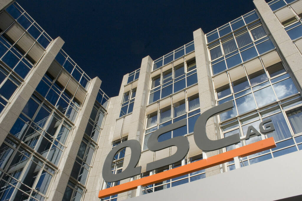 Die QSC AG in Köln - Zentrale, http://www.qsc.de/de/das-unternehmen/presse/bildarchiv/unternehmen.html (Bild: QSC), © www.shutterstock.com (21.01.2017)