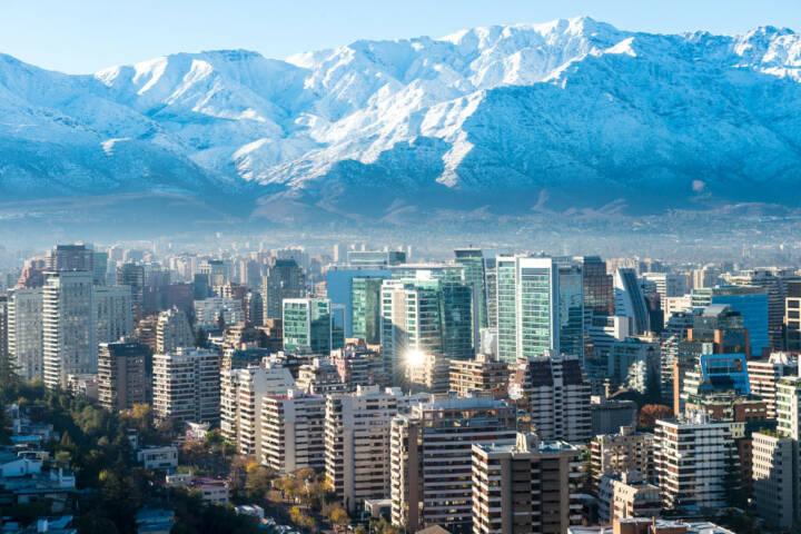 Santiago de Chile, Chile, http://www.shutterstock.com/de/pic-198592412/stock-photo-santiago-white-cityscape.html
