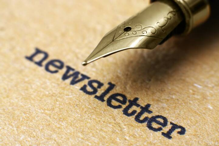 Newsletter, Füllfeder http://www.shutterstock.com/de/pic-154024646/stock-photo-newsletter-and-pen.html