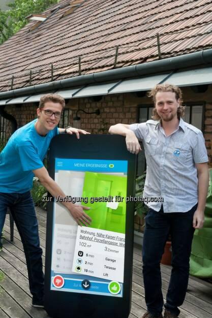 Die zoomsquare Gründer Andreas Langegger und Christoph Richter: Das Wohnungssuche-Startup zoomsquare.com startet mit der zoomsquare App in seine mobile Zukunft., © Aussender (12.08.2014)