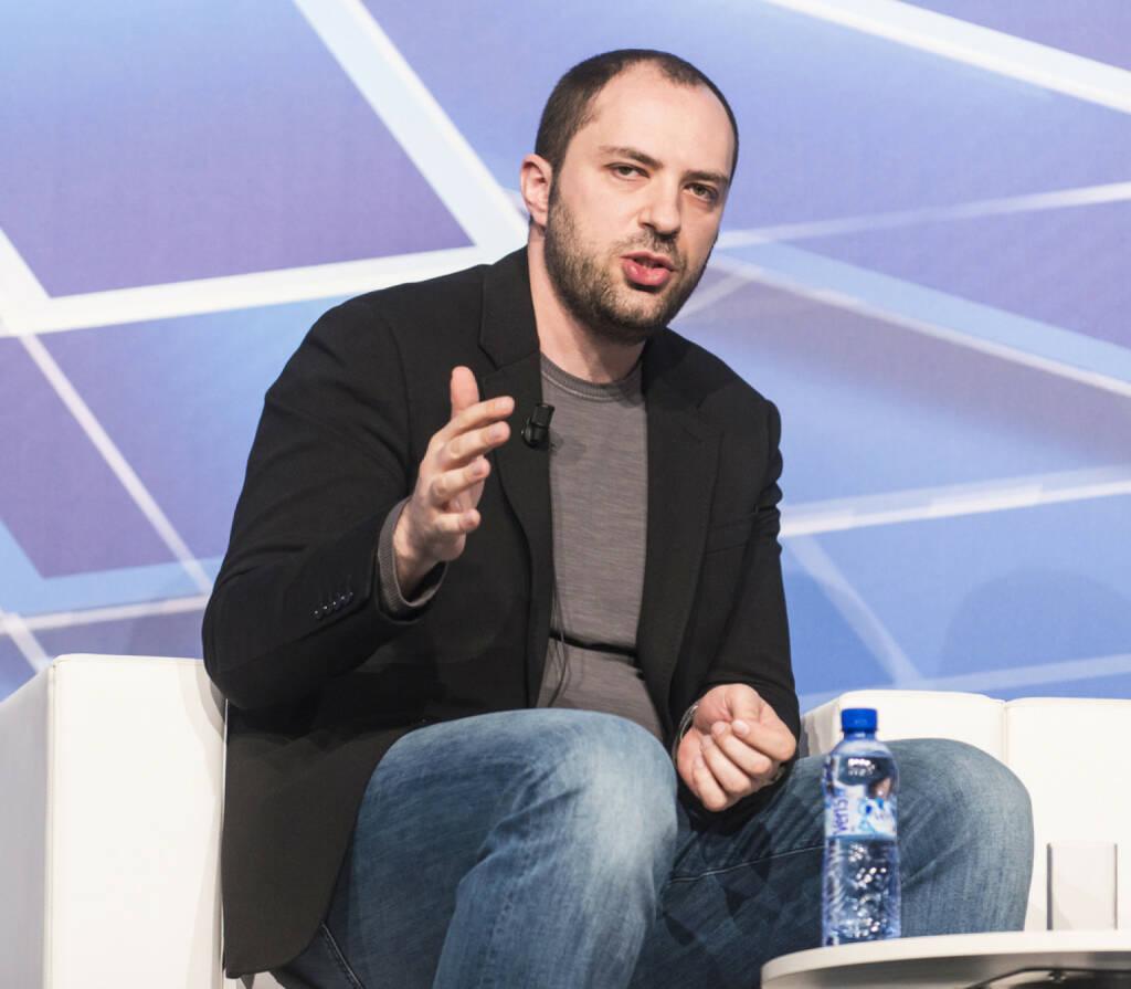 WhatsApp CEO Jan Koum, <a href=http://www.shutterstock.com/gallery-790384p1.html?cr=00&pl=edit-00>catwalker</a> / <a href=http://www.shutterstock.com/?cr=00&pl=edit-00>Shutterstock.com</a>, catwalker / Shutterstock.com (12.08.2014)