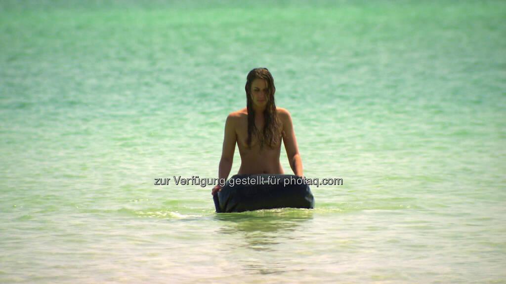 Nackt Dating Kathy - die erste Kandidatin auf der Insel Mogo Mogo, © 2014 Eyeworks International Distribution (13.08.2014)