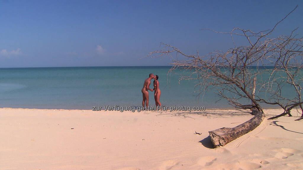 Nackt Dating Adam sucht Eva, © 2014 Eyeworks International Distribution (13.08.2014)