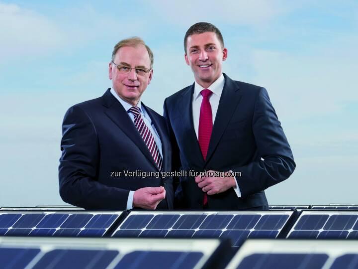 Die Generaldirektoren von Hofer: Friedhelm Dolm und Günther Helm: Österreichs größtes Photovoltaik-Projekt entsteht auf dem Dach der Hofer-Zweigniederlassung in Kärnten