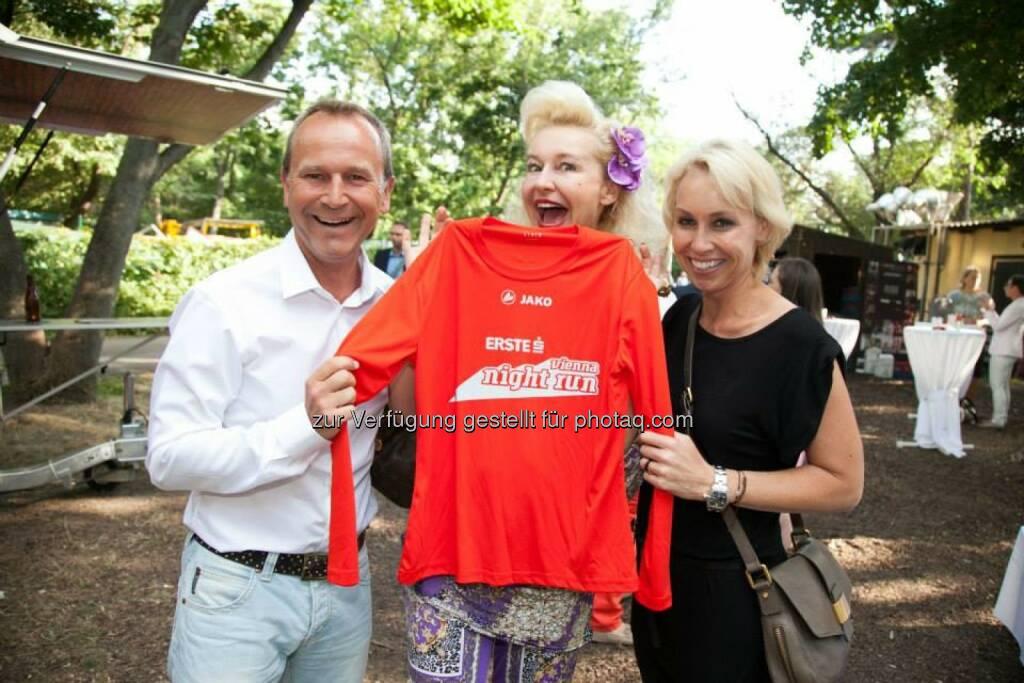 Die Farbe des Erste Bank Vienna Night Run Shirts 2014 ist geoutet, © Aussendung (13.08.2014)
