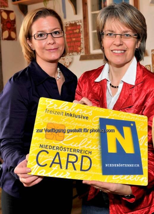 Marion Boda, Geschäftsführerin der Niederösterreich-Card und Tourismuslandesrätin Petra Bohuslav: Niederösterreich-Card steuert auf Rekordjahr zu