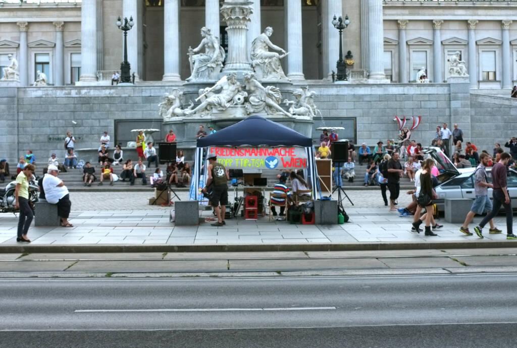 TTIP, © diverse Handypics mit freundlicher Genehmigung von photaq.com-Freunden (18.08.2014)