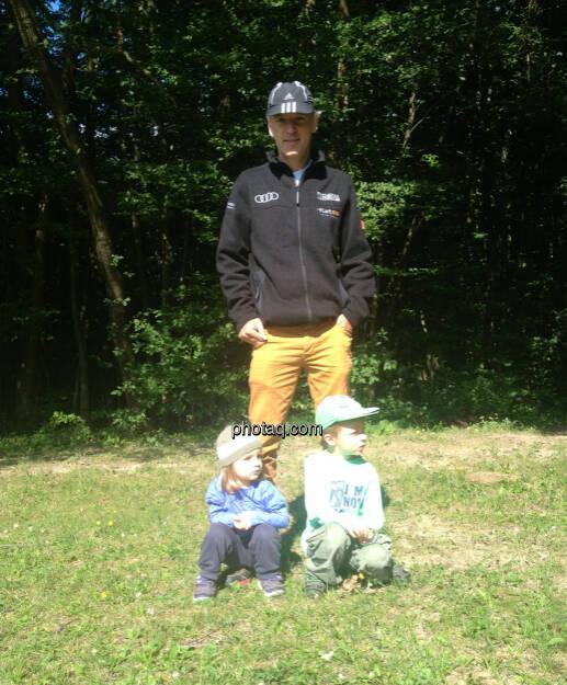 Christian Drastil mit den beiden jüngsten Startern bei http://www.wienerwaldlauf.at  (18.08.2014)